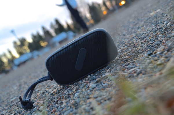 NudeAudio Super-M bluetooth speaker
